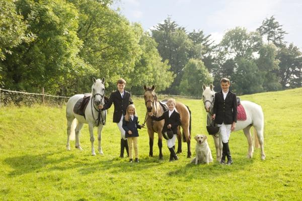 Costello family Horse photographer Ireland Professional Ni Riain Fine Art Equine Photography