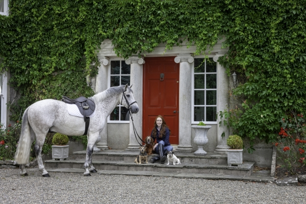 Kate Hayes Knockainey Stud Hospital Limerick Ni Riain Fine Art Equine Horse photograper