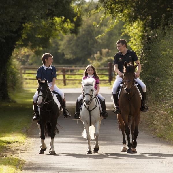 darragh-killian-orlaith-ryan-tipperary-equestrian-centre-ireland-showjumping-ni-riain-fine-art-equine-photography
